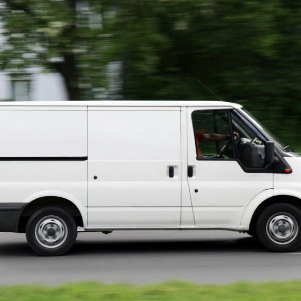 Lámina opaca (blanco) para coches y furgonetas de empresa